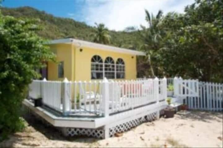 Casa Rosaline Beach Villa, on the beach, breezy