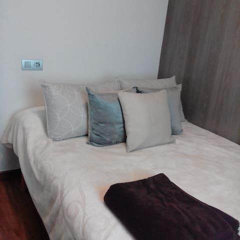 Habitación confortable para descansar