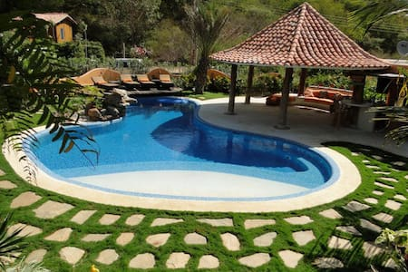Vacation house near Playa Parguito - La Asuncion