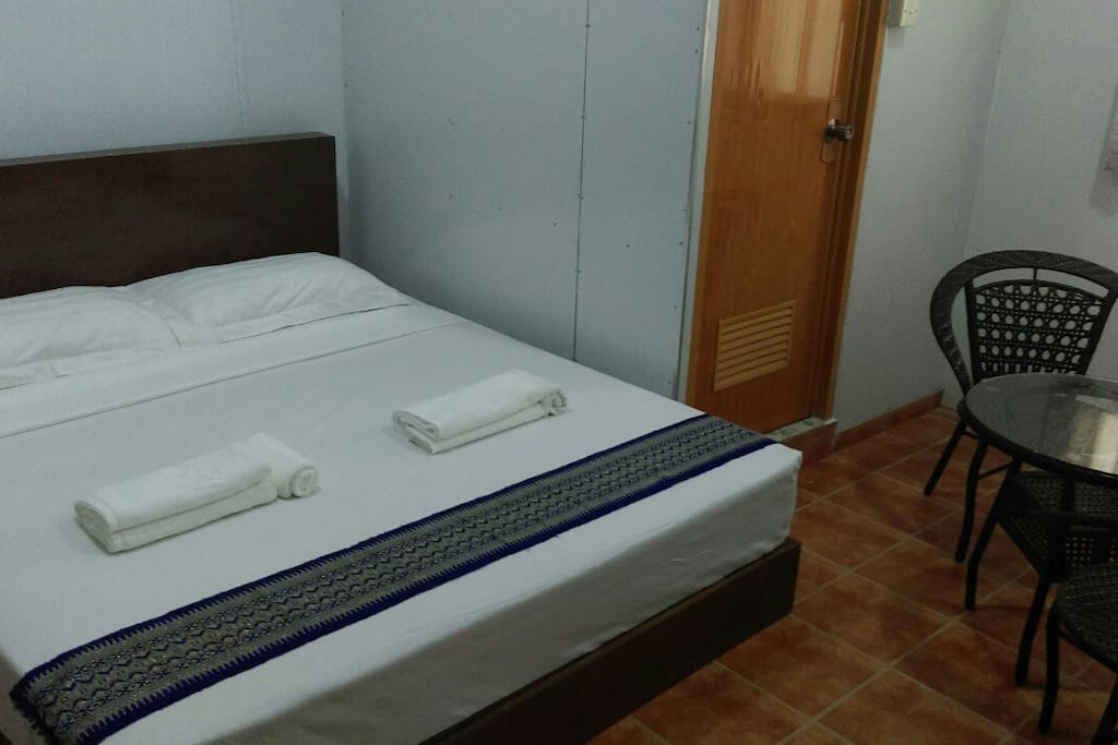 Double room with private bathroom 2