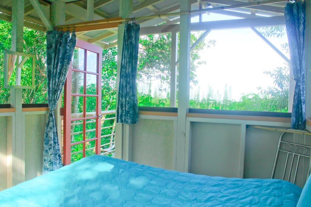 Cozy jungle cabin with view chalet in affitto a p hoa for Camera letto jungle