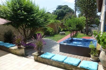 Luxury private suites in Eymet - Eymet