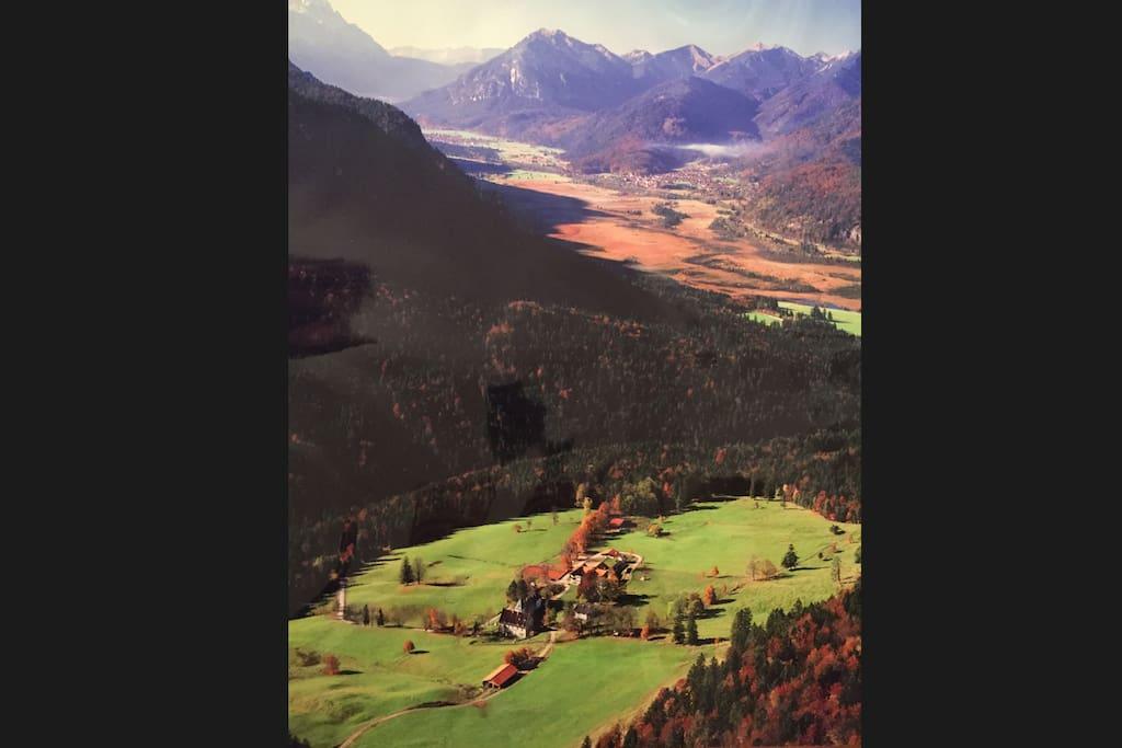 Das wunderschöne Loisachtal. Zugspitze, Linderhof, Wieskirche, Neuschwanstein. Baden in 6 Seen.
