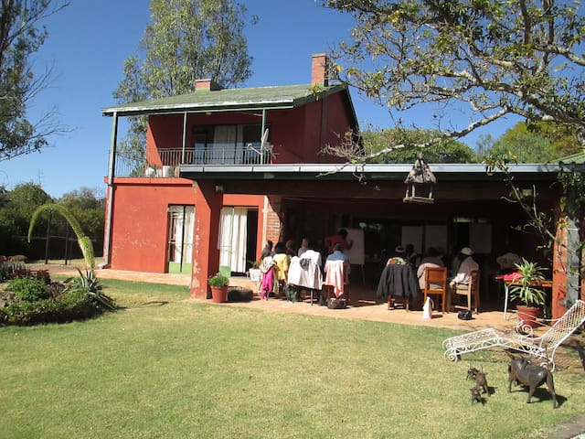 Near town with countryside space - Bulawayo