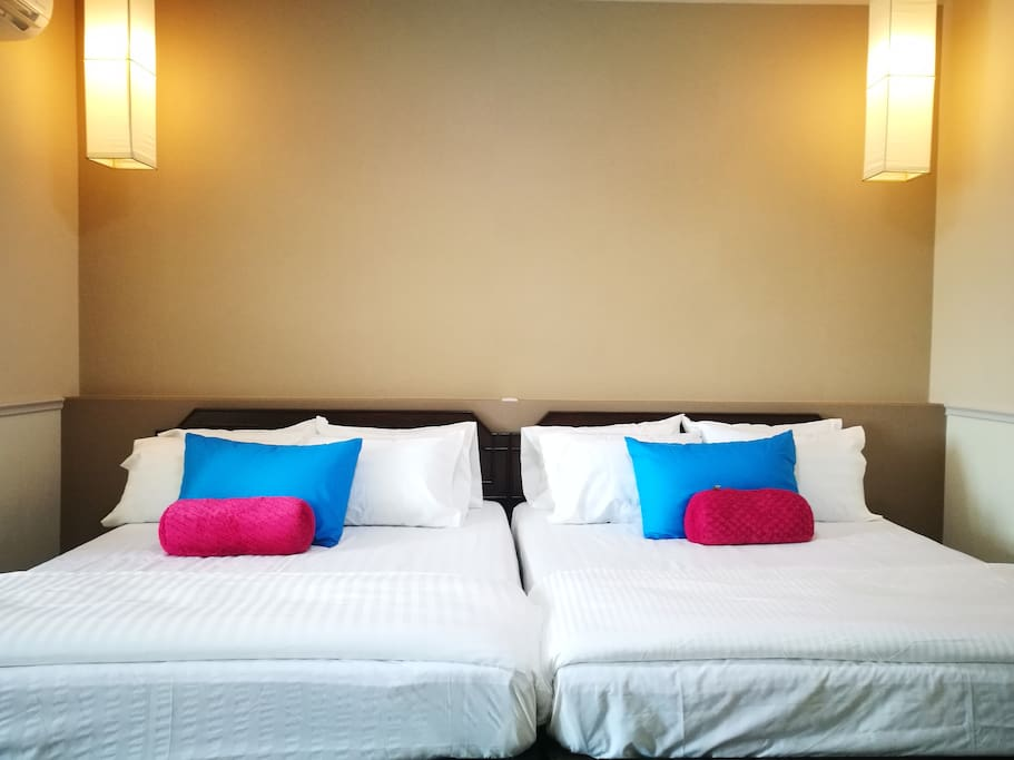 Twin Queen bed