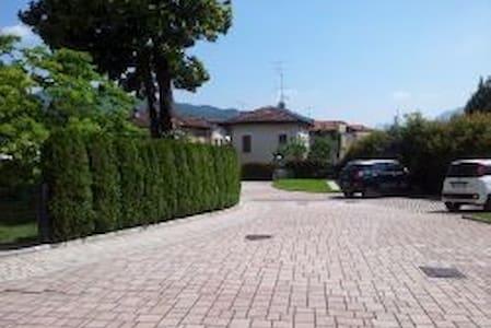 Affittasi Casa Elisa in Luino - Luino