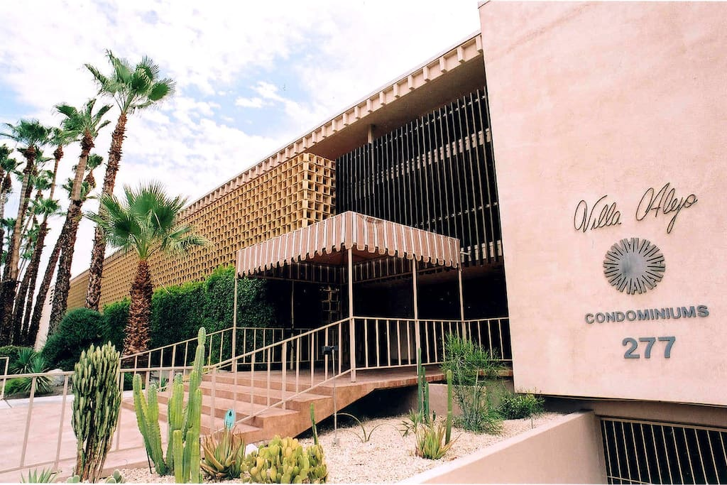 The unique, mid-century modern architecture of a swanky Palm Springs address!