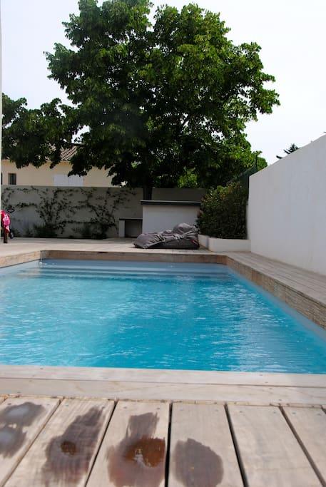 villa contemporaine piscine montpellier villas louer. Black Bedroom Furniture Sets. Home Design Ideas