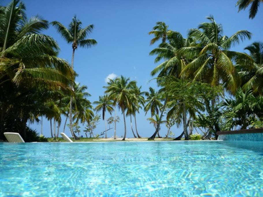 piscine front de mer