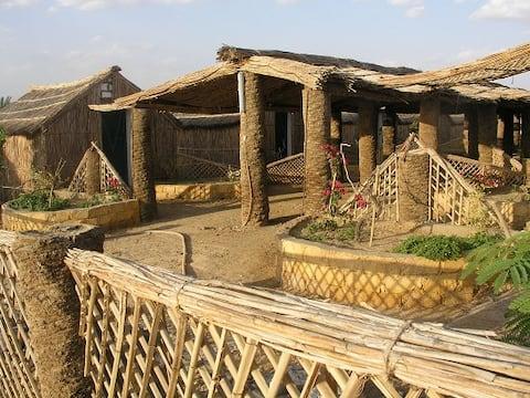Badry's Sahara Camp : Large Hut