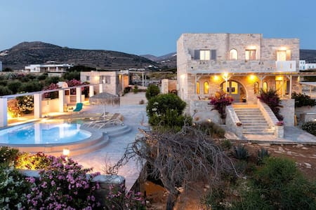 Aegean Seashell Villa with private pool and beach!