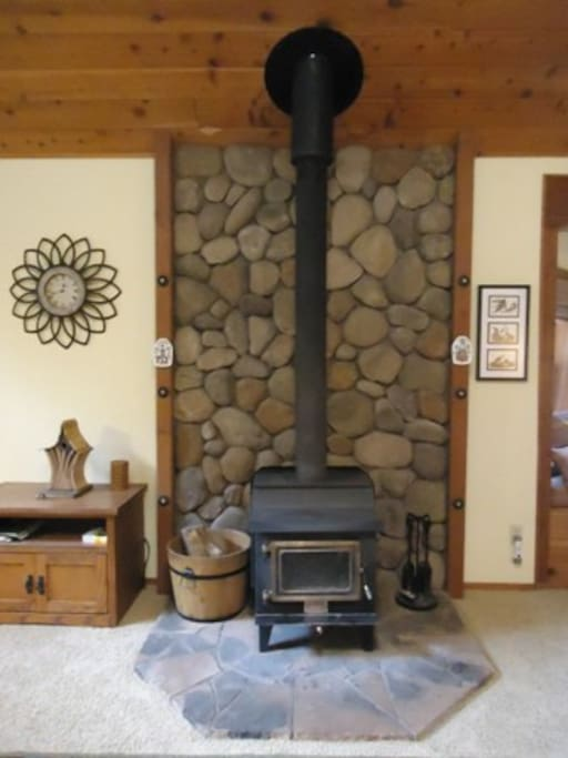 Bluebird House-Wood Stove