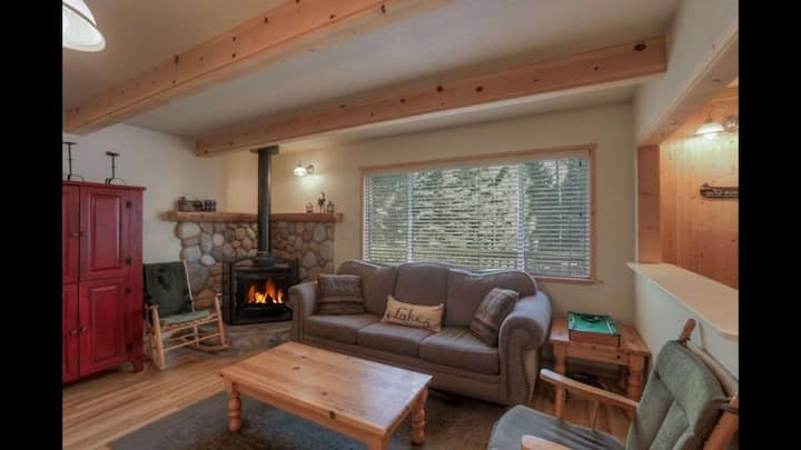 3BR Cabin avail for 30+ nite stays starting 4/5/21