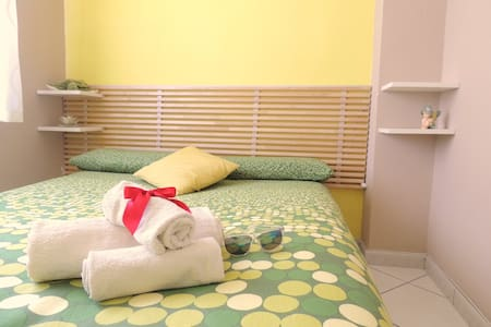 B&B Melanella - Camera Matrimoniale - Capaccio - Bed & Breakfast