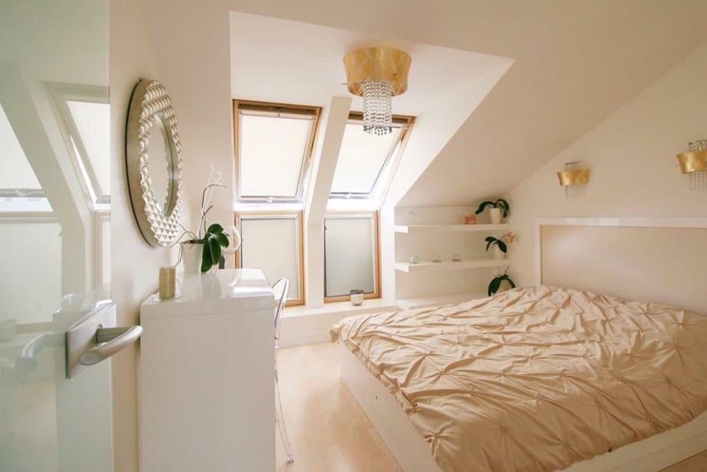 Sypialnia 1 z wyjściem na taras