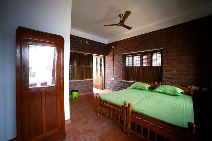 Papakolea Room at Satzy's, Kovalam