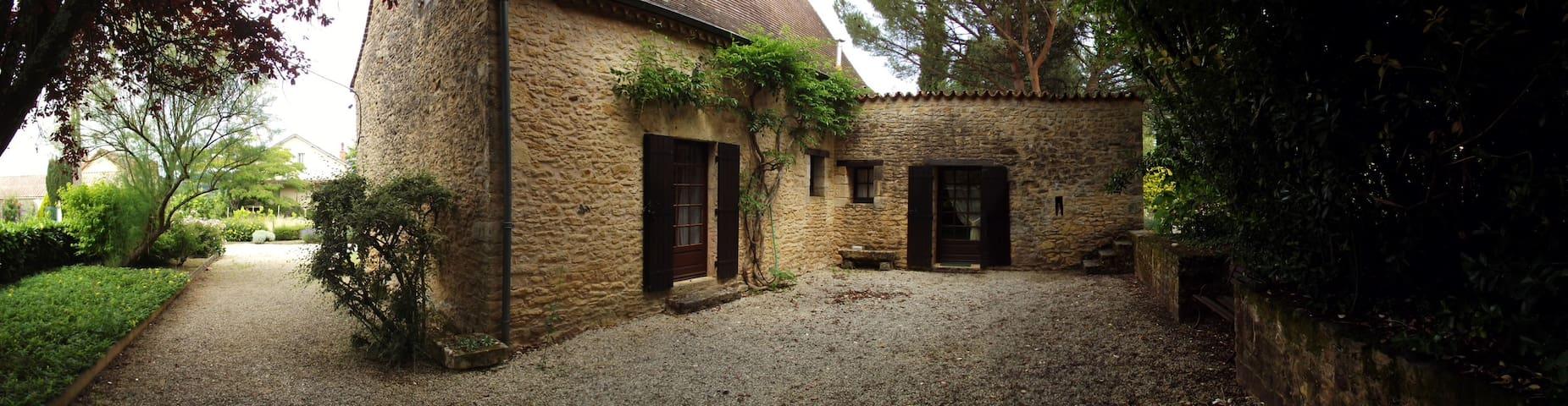 Maison périgourdine - Le Buisson-de-Cadouin - Dům