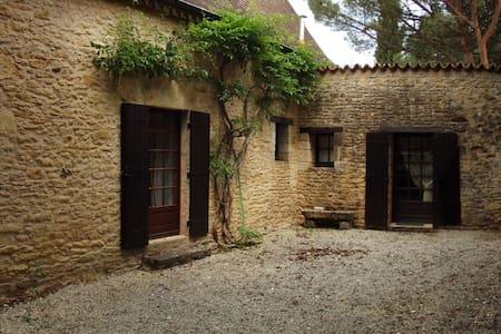 Maison périgourdine - Rumah