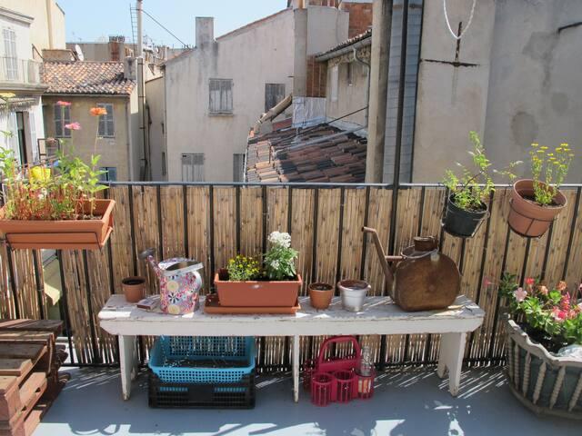 MARSEILLE terrasse centre ville