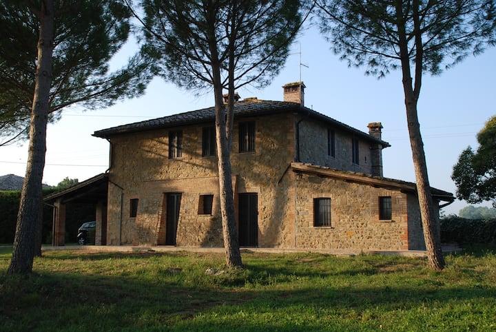 Umbria Perugia Trasimeno little country house