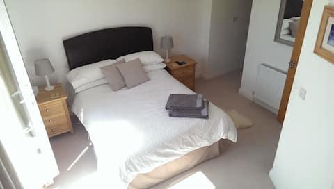 Ensuite double room in Wendover, UK