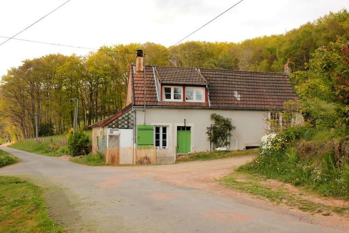 Gezellig authentiek boerderijtje - Saint-Prix - Rumah