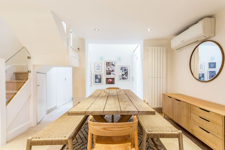 The Crabtree Coach House - 4BDR + Rooftop Terrace