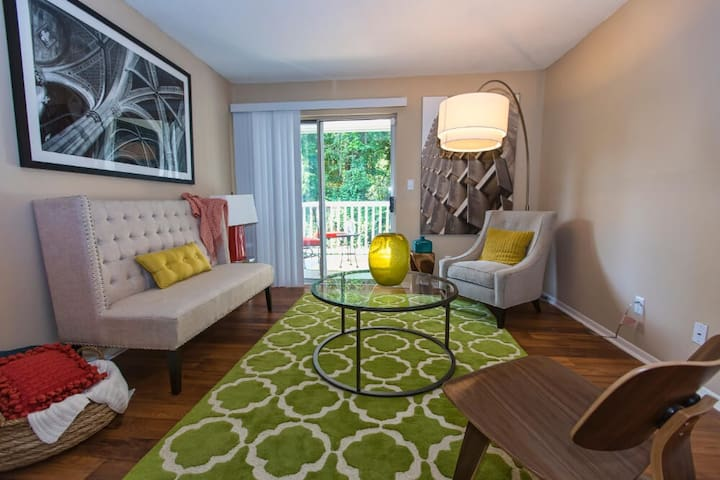 Clean apt just for you   2BR in Birmingham