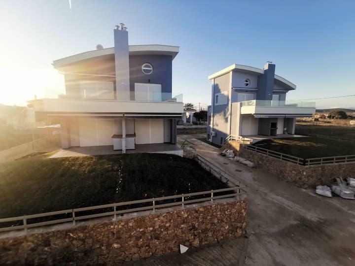 Луксозни апартаменти на 100 метра от плажа