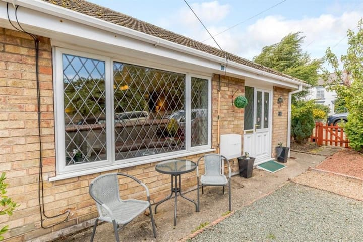 A Pleasant Stay Awaits at Park View in  Sewerby