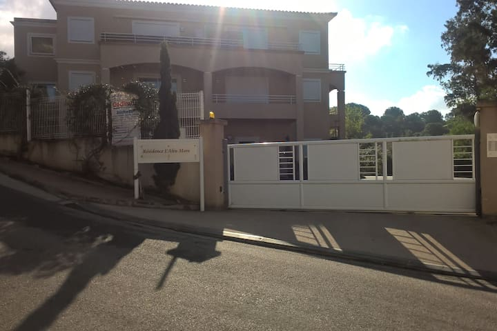 appartement T3 résidence plage d'agosta Molini