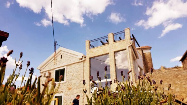 Unique luxury island stone house - Villa Cherie