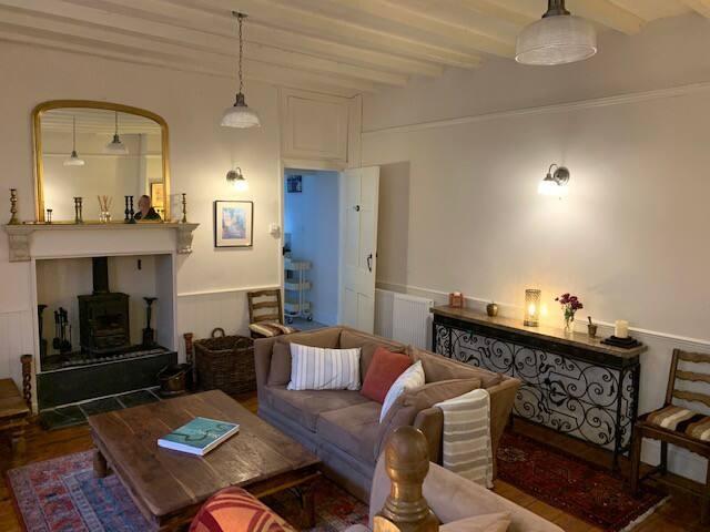 Amber Cottage in Appledore, North Devon