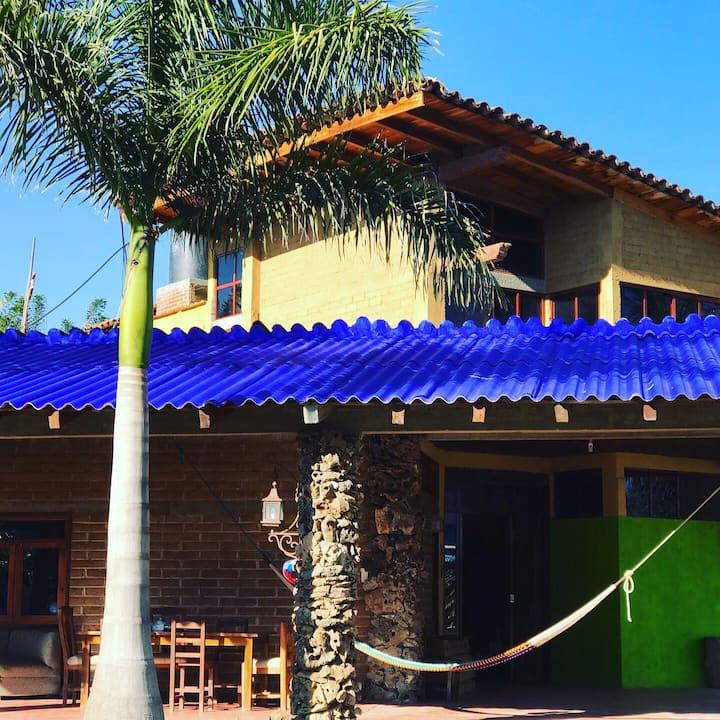 Hermosa Casa de Campo aire puro y la naturaleza