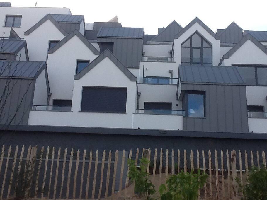Cette résidence a obtenu le 1er prix de l'esthétique immobilière Bretagne