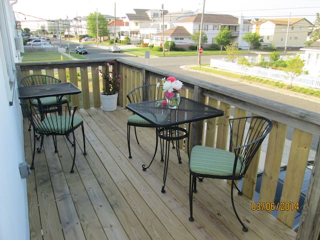 Lovely Brigantine Apt - close to beach and bay!