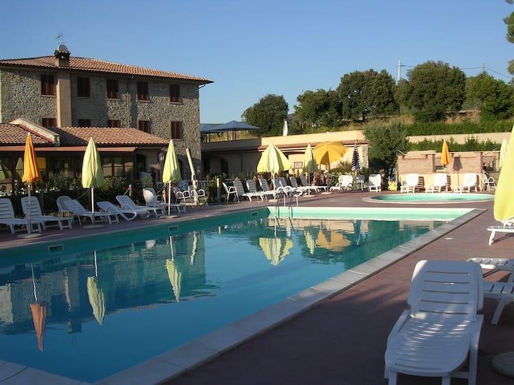 Appartamento bilocale in residence con piscina