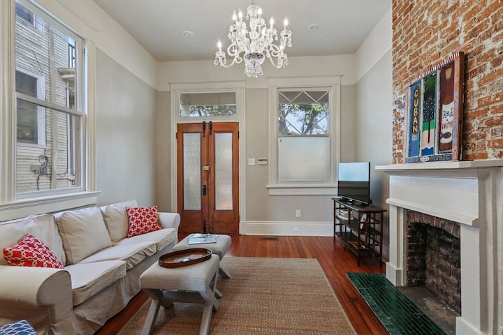 Classic Uptown 3BR, steps from St. Charles Ave.
