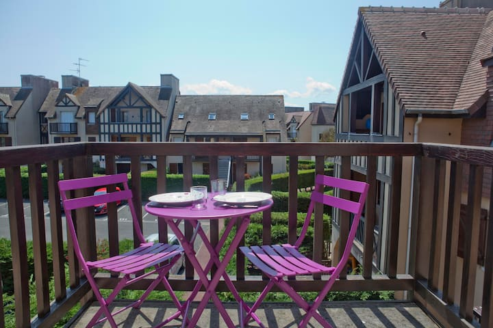 Studio flat 100 yards to Beach - Ouistreham - Lejlighed
