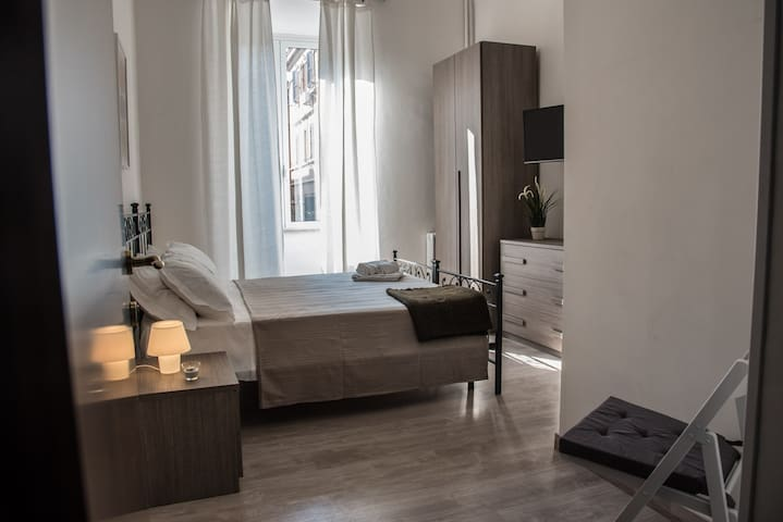 Room Livia-Grandis Rooms Roma