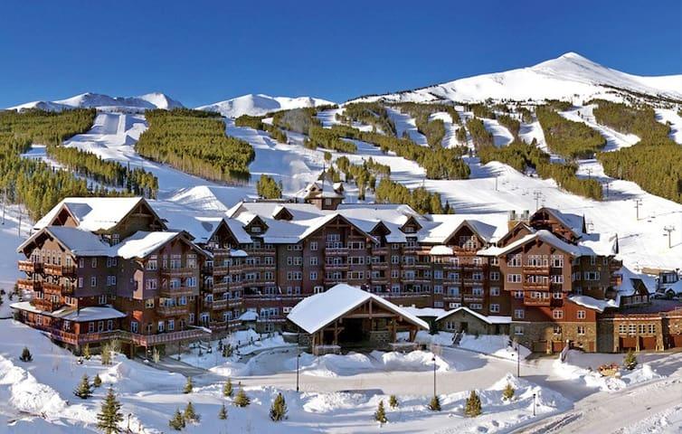 Top Luxury Resort! Ski In/Out, Ski Valet. Peak8