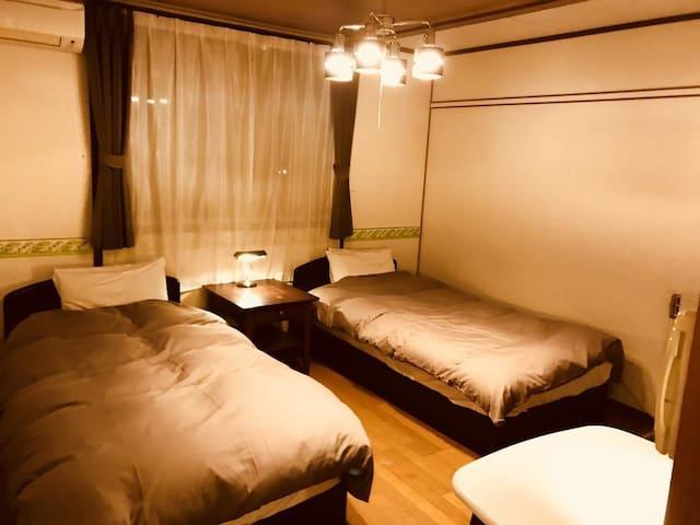 Daigo House Twin Room with Shared Bathroom