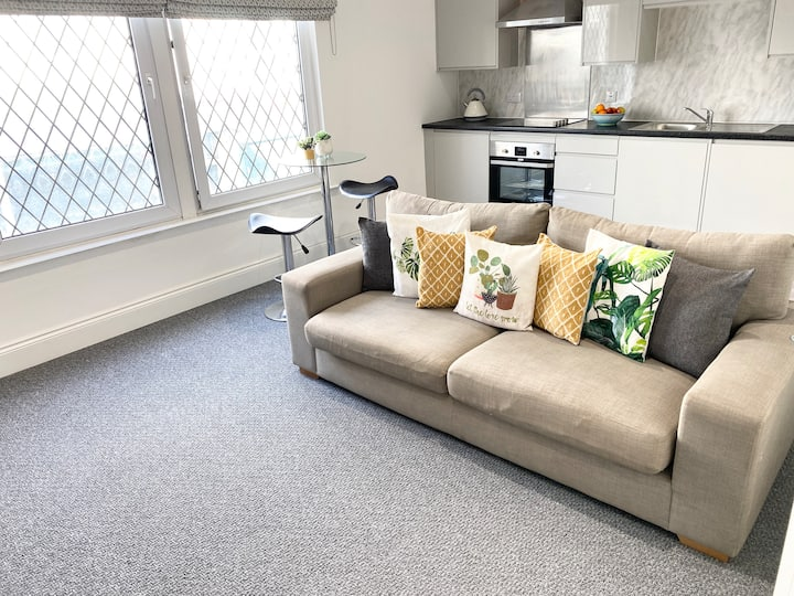Eden Central, 3 bed in Plymouth City Centre