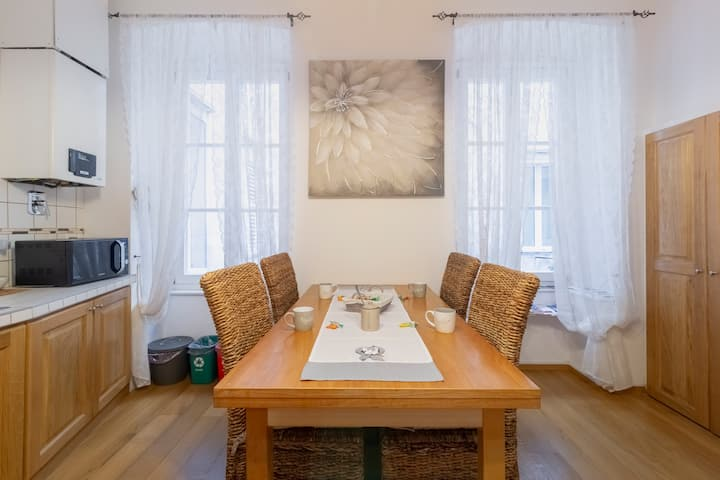Lovely Ponte Rosso Apartment