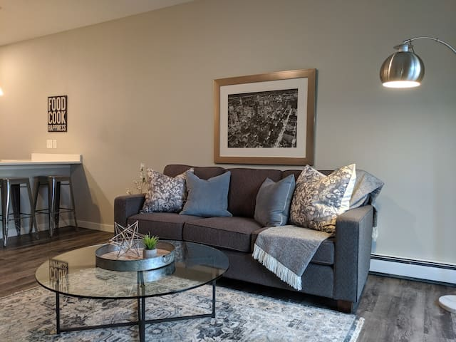 Brand New Apartment- Modern Living