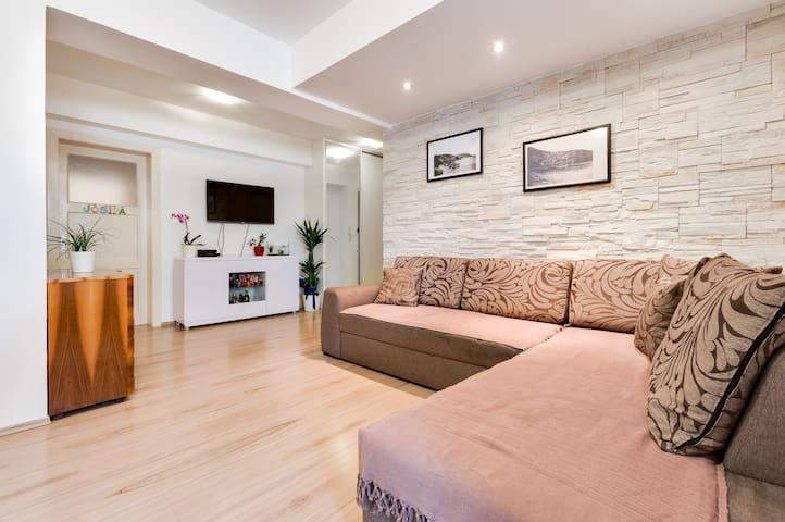 NEW apartment for 6, near SPLIT - Solin - Departamento