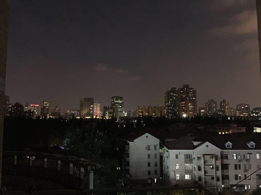 阳台(主卧)景观-夜景1