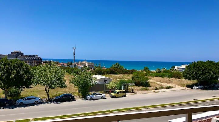 Side Manzaralı Mobilyalı Daire (sahile 3 dakika)