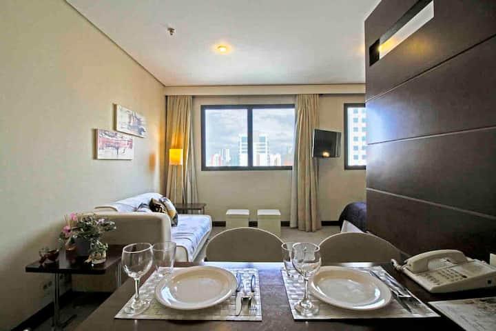 Flat Residencial c/ infra de Hotel - Nações Unidas