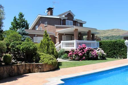Stunning Villa In Sierra De Madrid - Becerril de la Sierra
